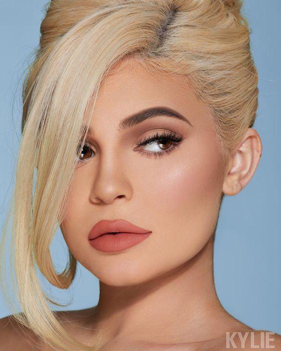 Kylie Jenner là ai