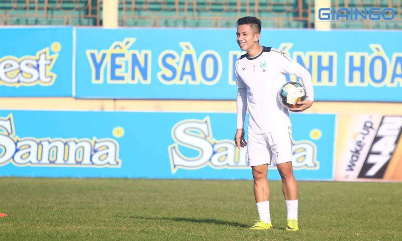 Sự nghiệp cầu thủ Nguyễn Phong Hồng Duy