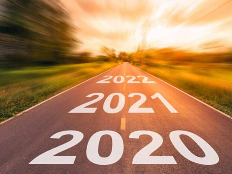 Thế kỷ 21 bắt đầu từ năm nào?