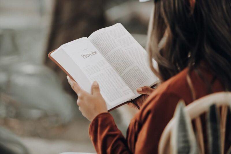 lợi ích của việc đọc sách là gì