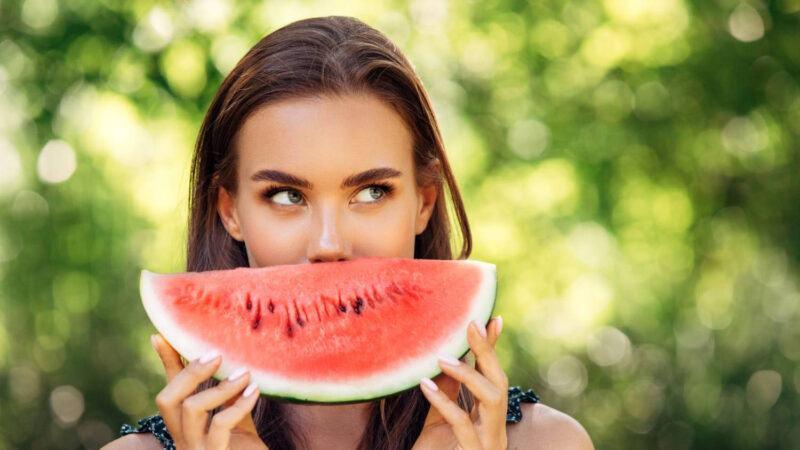 Ăn dưa hấu có tác dụng gì?