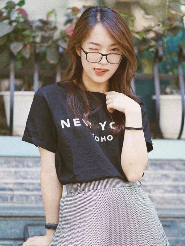 Khánh Vy là ai? Hành trình tỏa sáng của hot girl 7 thứ tiếng